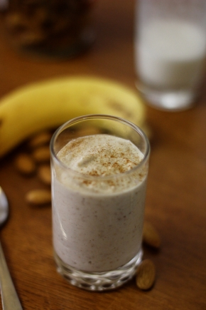 Almond and banana smoothie
